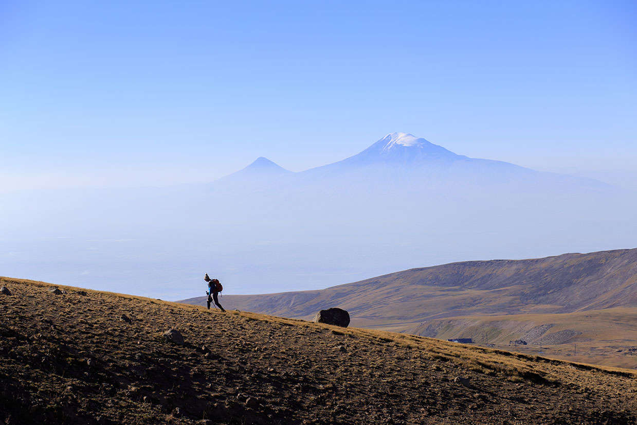Aragats Mountain, Hikining in Aragats Mountain