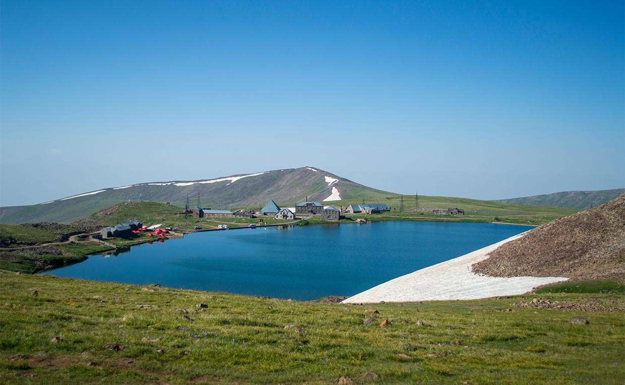 Aragats Mountain, Lake Kari, Lake Qari, Qari Lich