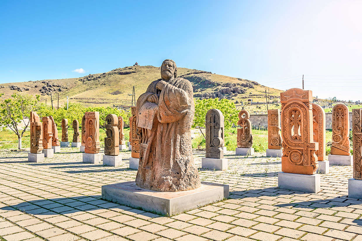 hauptstadt von armenien 6 buchstaben